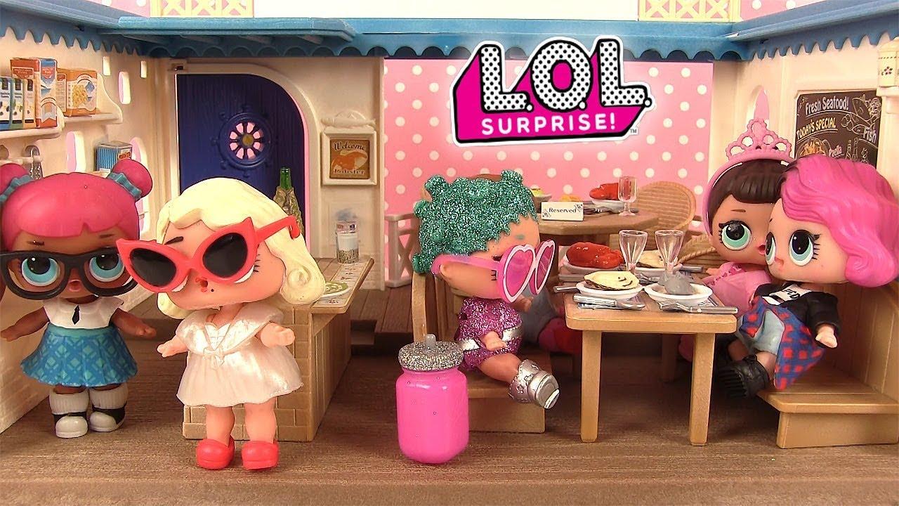 histoires de poup es lol surprise au restaurant surprise s rie 2 lil sisters youtube. Black Bedroom Furniture Sets. Home Design Ideas