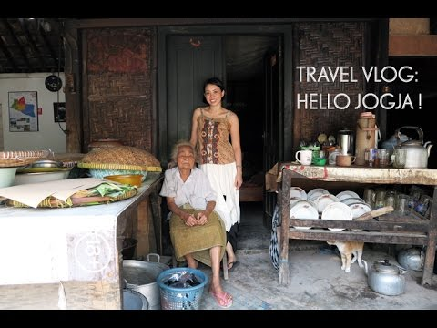 TRAVEL VLOG: Hello Jogja!