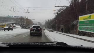 Ялту неожиданно сильно засыпало снегом.Пробки ППЦ..
