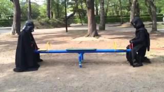 祖父ダースベイダーと孫カイロレン 帝国の休日 カイロレン 検索動画 16