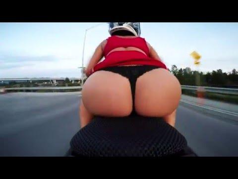Sexy ass on bike!