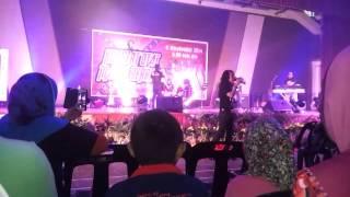 Video Konsert O.M.B Hatta Junction - Akan ku kenang download MP3, 3GP, MP4, WEBM, AVI, FLV Juli 2018