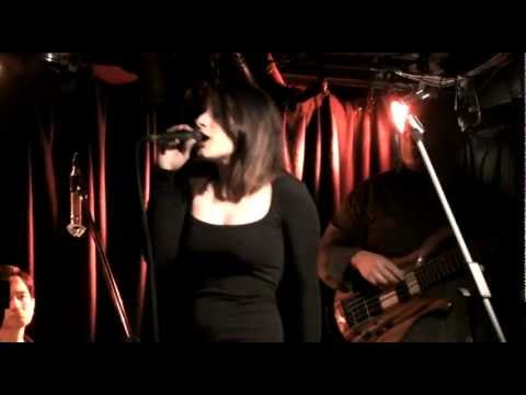 Heading in the Right Direction- The Sam McNally Band with Diana Rouvas and Doug Williams