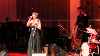 "Gabrielle Stravelli sings ""Mr. Monotony"" at Night of a Thousand Judys"
