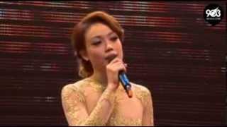 容祖兒 Joey Yung - 天窗 Live (感動版)