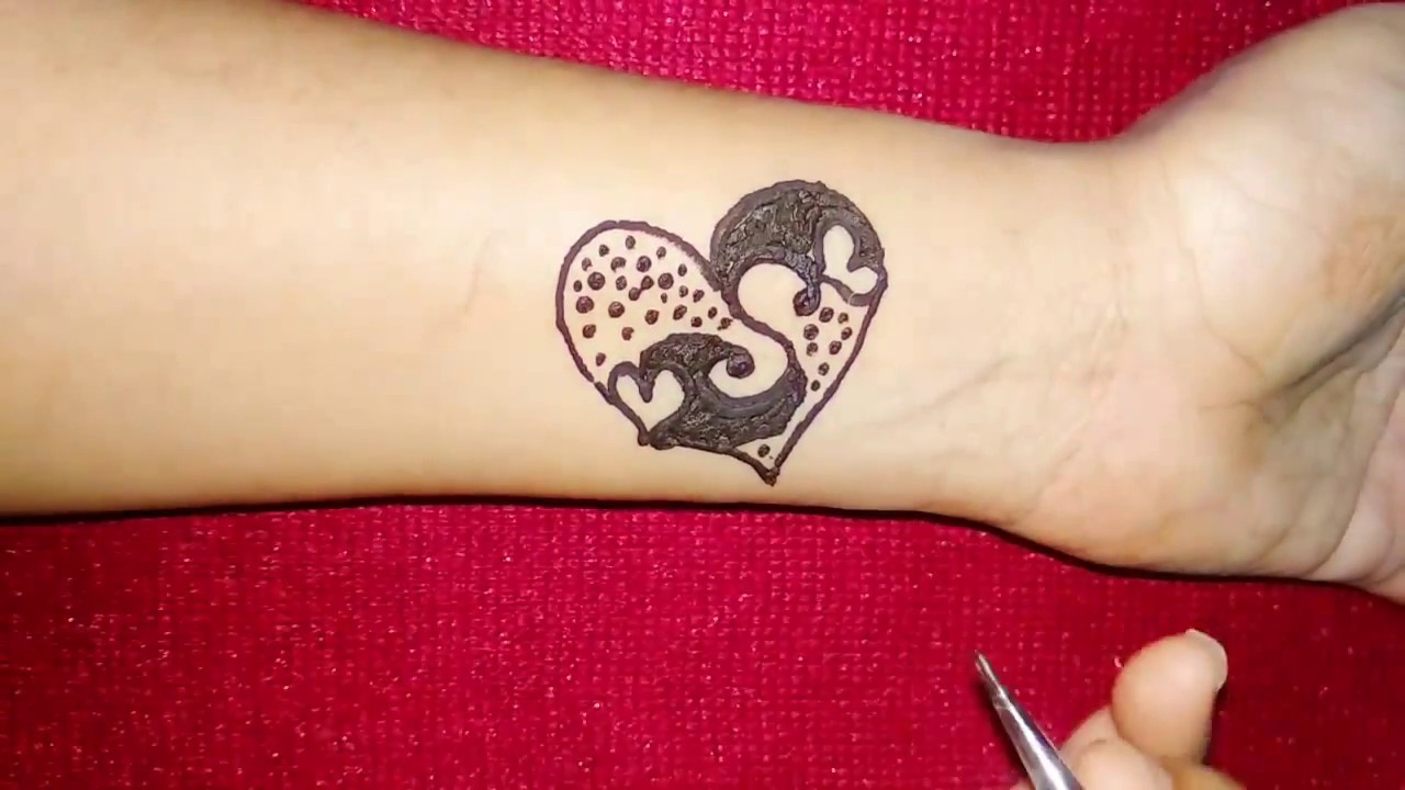 Why Does My Henna Tattoo Look Black: DIY S Latter Henna Tattoo Design With Heart Shape