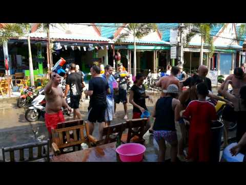 Songkran 2014 Grappa Bar Koh Samui Lamai Beach Part 02