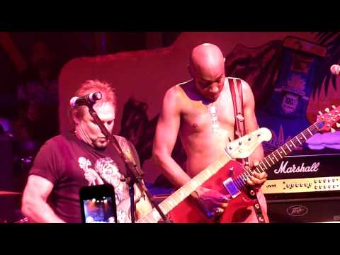 Running With The Devil (Sammy Hagar And The Wabo's W/ Michael Anthony on Vocals)