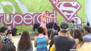 "Bonnie Mckee Performs ""I Want It All"" at Supergirl Pro"