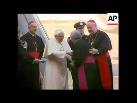 Pope arrives in New York City, Bloomberg welcome