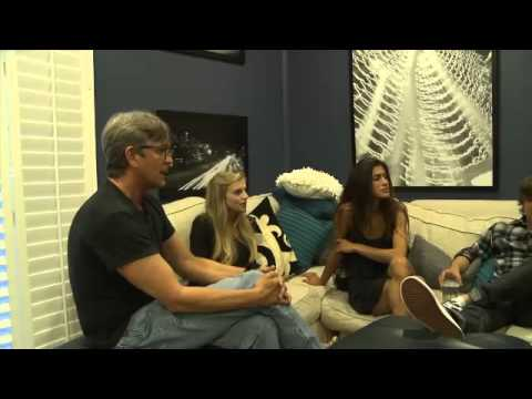 Eric Roberts Visits the Dream House