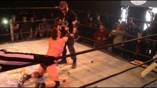 IWS wrestling lutte Fans bring the weapons montreal 2015-03-28