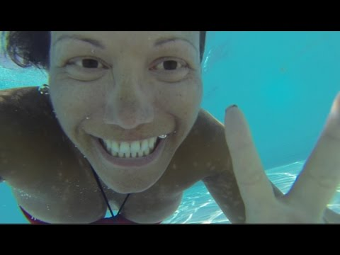 playing-in-the-pool---windsor-excelsior-copacabana---olympics-games-2016-accommodation