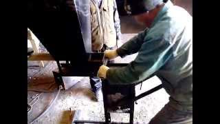 станок для производства кирпичей(станок для производства кирпичей ,производительность 1000-1500 шт.в день ,цена 180000 тенге с доставкой по Казахст..., 2013-09-20T13:30:50.000Z)