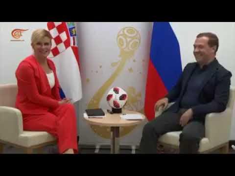 بالفيديو .. كيف  لا يفوز  منتخب كرواتيا إذا كان لديه هكذا رئيسة ؟!
