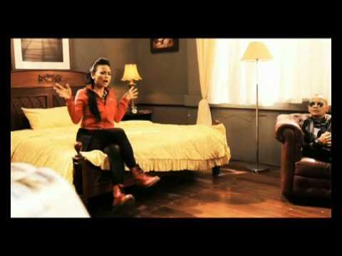 Simple Plan Feat. KOTAK - Jet Lag (Official Video)