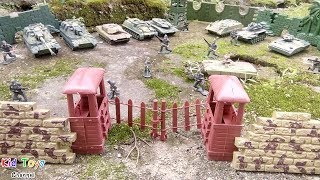Military base TANKS Toys soldiers Plastic army men Toy military playsets