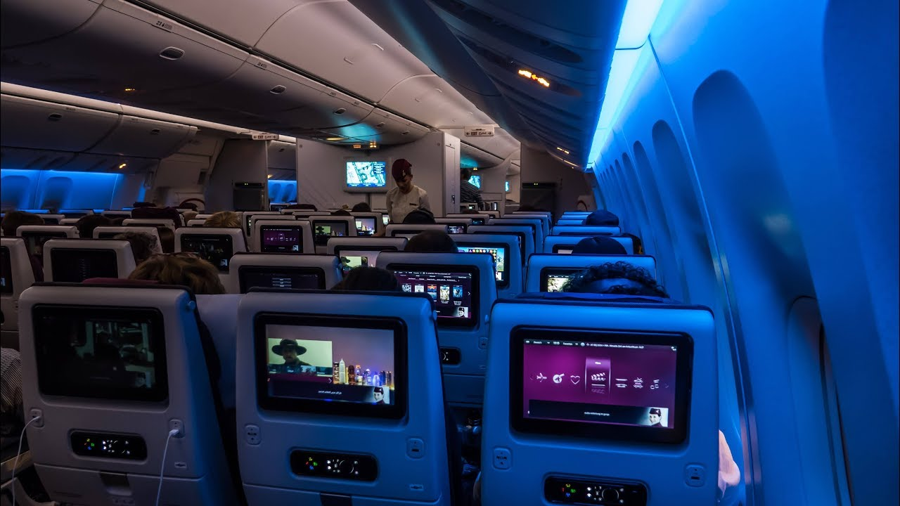 777 Interieur Qatar Airways New Economy Class Boeing 777 300er Doha Frankfurt Flight Review