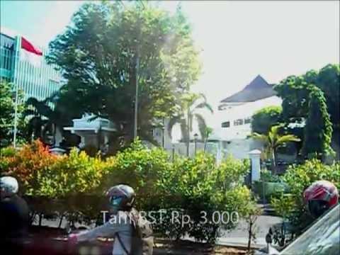 WATCH WHILE WALK : 3 Jam Mengelilingi Pusat Kota Solo