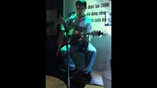 Khi người lớn cô đơn - guitar cover cực chất - Dũng ABC - cafe abc