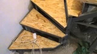 деревянные ступеньки в гараже на второй этаж, своими руками(деревянные ступеньки ступеньки в гараже на второй этаж, своими руками https://www.youtube.com/watch?v=1a9YDAymYi8., 2014-10-29T21:25:50.000Z)