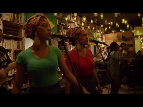 Who The Cap Fit (Aston Barrett / Carlton Carly Barrett) - Original Marley Cover