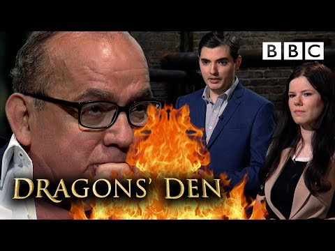 Fad? Dragons divided over jewellery candle craze! | Dragons' Den - BBC