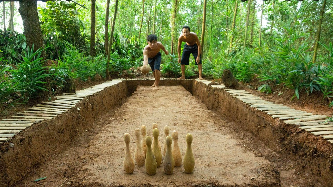 Unbelievable! Made Bowling Playground By Mud And Bamboo