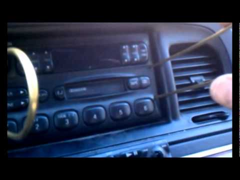 Removing the radio from a 1997 Grand Marquis/Crown Victoria - YouTube