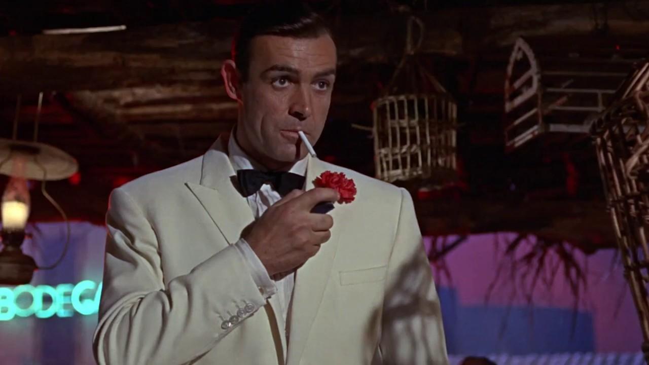GOLDFINGER | Bond destroys the secret lab