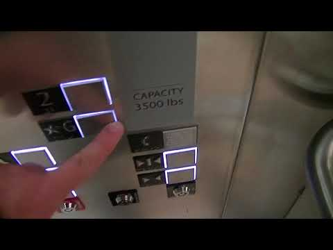 Schindler 5500 MRL Traction Elevator @ Sporting Life, Yorkdale Shopping Centre, North York ON
