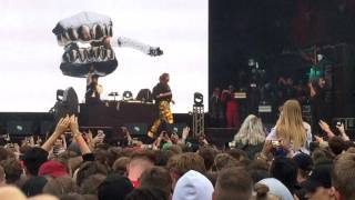 Post Malone - Too Young (Entrance) [Live @ WOO HAH! Festival Tilburg]