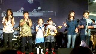 Choir by Elfa music school rawamangun