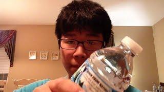 tui có thể uống hết một chai nước trong 1 giây. thumbnail