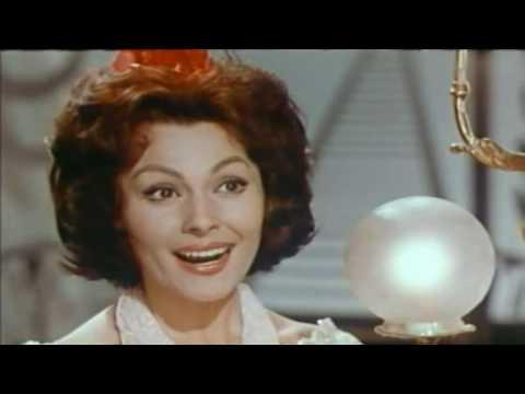 Paquita rico el beso youtube - El balcon de la luna ...