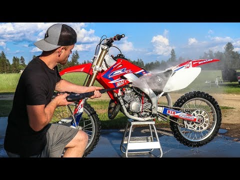 Is It Safe To Pressure Wash A Dirt Bike?