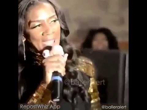 Mama Dee Teeth Fall Out On Stage Youtube