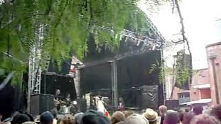 Video Sarah Blasko - Laneway Sydney 2010 - Bird on a Wire download MP3, 3GP, MP4, WEBM, AVI, FLV Mei 2018