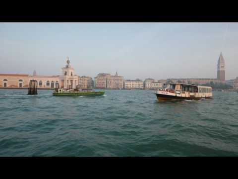 Venice Water Bus to The Lido