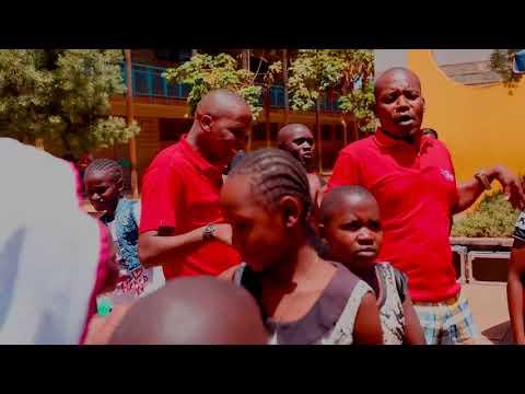 DJ DARIUS LANG'ATA LOVE (Radio Maisha) #Kijiji fire victims@ LANGATA(Nairobi).