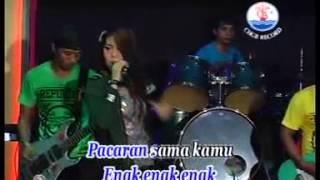 KEENAKAN   SERA   VIA VALENT Karaoke