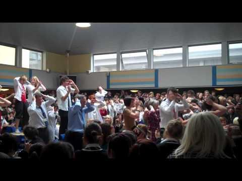 Bell Baxter High School Leavers '11 Flashmob