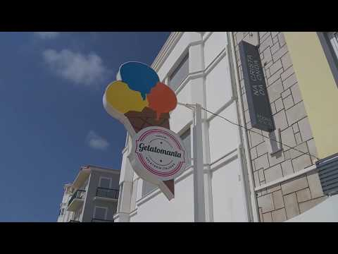 Gelatomania ice cream gelato in the bach city of  Nazare Portugal