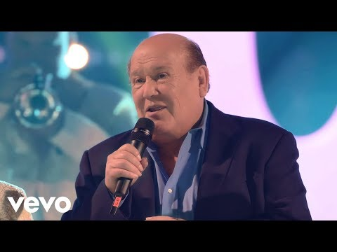 Leo Dan — Pídeme la Luna (En Vivo) ft. La Original Banda el Limón de Salvador Lizárraga
