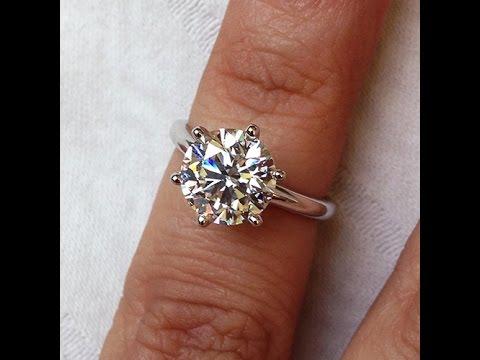 2 carats Classical Diamond Solitaire Palladium Engagement ring from Bangkok, Thailand