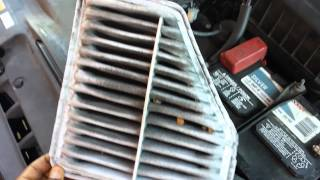 DIY, How To Replace An Air Filter In A Toyota Avalon.  DIY.