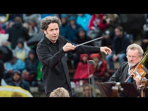 Wagner: Siegfrieds Trauermarsch / Dudamel · Berliner Philharmoniker