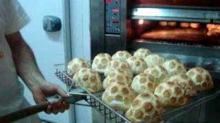 ITALIAN BREAD - Italian food making by Stuzzicando for franchising