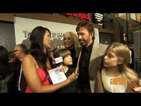 "Chuck Norris - Interview to Epix - ""The Expendables 2"" Premiere in L.A. - 2012"