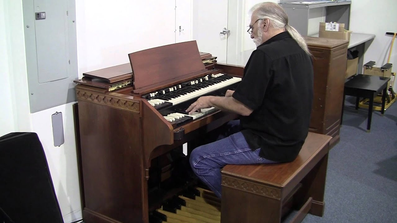 hammond c3 organ for sale 727 329 8898 youtube. Black Bedroom Furniture Sets. Home Design Ideas